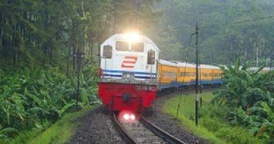 kereta api 2016