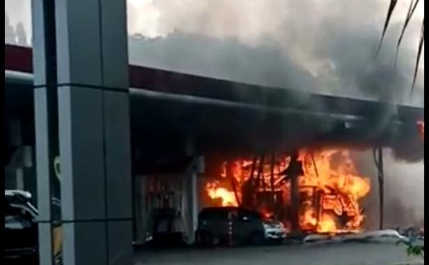 kebakaran pom brebek