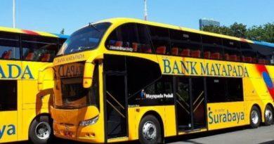 bus tingkat surabaya