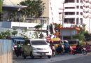 Pembenahan Lintasan Kereta Api Samping Royal Plaza Segera Dikerjakan, Kemacetan Jalan A Yani-Wonokromo Terurai