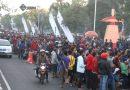 <span style='color:#ff0000;font-size:12px;'>Piala AFF U-19 2018  </span><br> Pagi Ini Antrean Suporter Sudah Mengular Hingga ke Jalan di Depan Stadion Gelora Delta