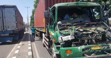 kecelakaan seruni truk