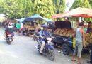 Penggemar Durian di Sidoarjo Nikmati Bursa Durian di Pinggir Jalan Raya Juanda
