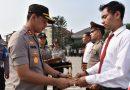 Kapolresta Sidoarjo Beri Penghargaan Anggota Berprestasi