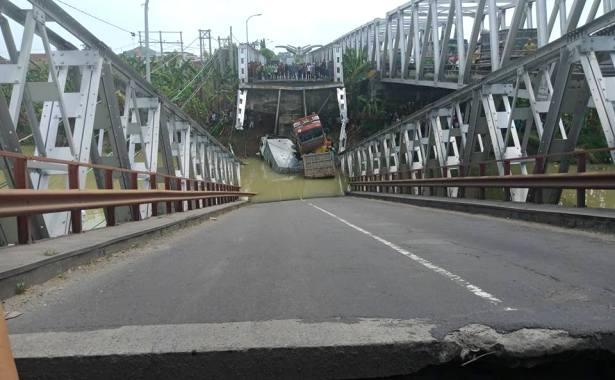 jembatan putus fc mbak weng