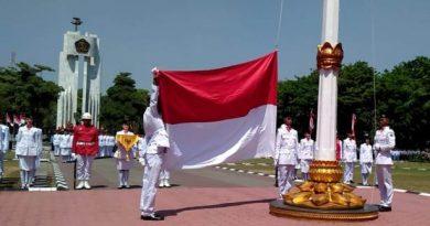 upacara hut ri