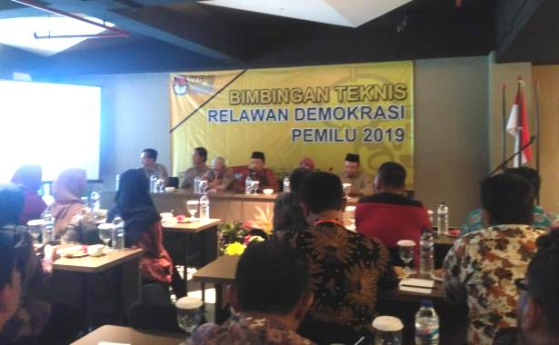 relawan demokrasi bimtek