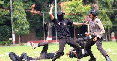polisi pendidikan