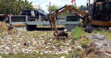 sungai sampah 1