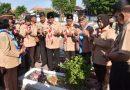 Peringati Hari Pramuka ke-58, Pramuka Sidoarjo Ziarah Makam Pahlawan