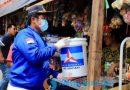 Relawan Bersama DPC Partai Demokrat Sidoarjo Bagi Alat untuk Cegah Penyebaran Covid-19