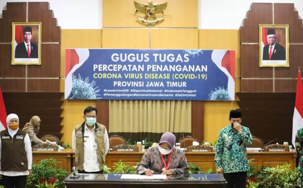 risma tanda tangan pakta integritas