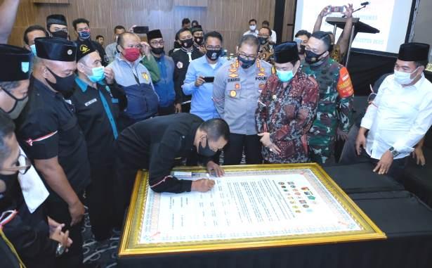 perguruan silat deklarasi damai