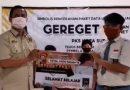 Lewat Program Gereget, PKS Surabaya Bagikan Paket Data Internet kepada 300 Siswa