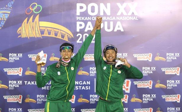 Jawa Timur Raih Emas Voli Pasir Putra.